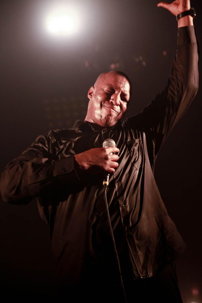 http://blog.rocktrotteur.com/wp-content/uploads/2010/05/oxmo-puccino-1453.jpg